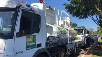 Desinfecção - Caminhões-pipa passam a auxiliar no trabalho de higienização e desinfecção de espaços públicos