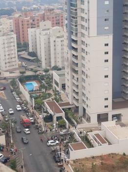 Apartamento em Cuiabá pega fogo. Bombeiros salvam três pessoas