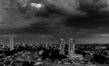 Inpe alerta para vendavais e chuvas de raios em  Mato Grosso