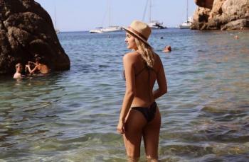Sasha durante as férias em Cala Deià, Mallorca (Foto: Reprodução/Instagram)