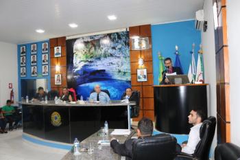 Magal propõe reduzir mandato da Mesa Diretora e protagoniza discussão com ex-presidente e vereadora