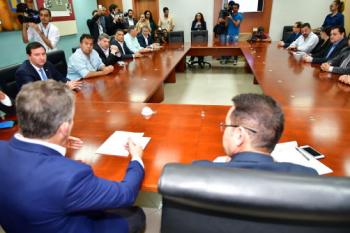 Mendes relata cenário financeiro do Estado a deputados estaduais