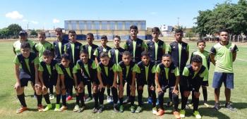 Escolinha De Futebol F10 Nobres abre vaga para novos alunos