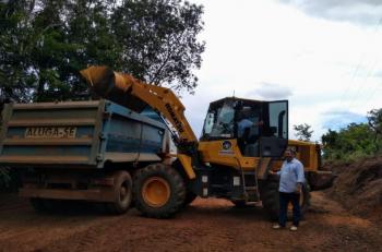 Após fortes chuvas, prefeitura inicia recuperação de estradas vicinais