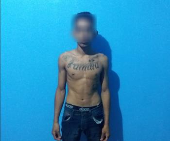 Homem é preso suspeito de assaltar residência e fazer família refém