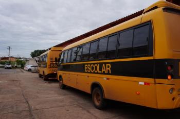 Polícia prende motorista de ônibus por aliciar alunos no trajeto escolar