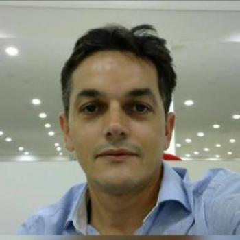 Pastor de 46 anos morre de covid depois de 3 meses internado