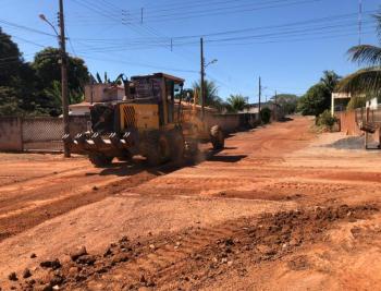 Ruas do Jardim Paraná recebem pavimento asfáltico