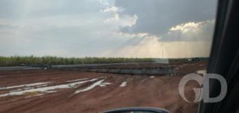 Tempestade derruba postes e deixa cidades de MT sem energia