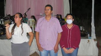 Dr. Esmeraldo dá depoimento de cura durante evento religioso