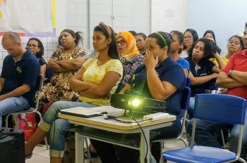 "Escolas da rede estadual de ensino continuam engajadas no tema ""Setembro Amarelo: combate ao suicídio""."