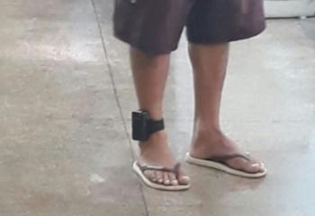 Governador de MT quer cobrar uso de tornozeleira eletrônica
