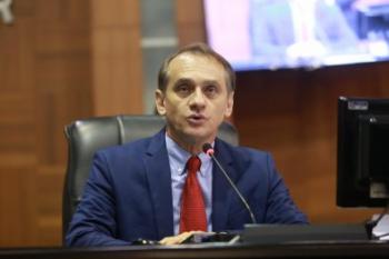 Após prejuízo de R$ 650 mil, deputado alega prescrição para não ser condenado