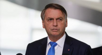 Em discurso, presidente Jair Bolsonaro afirma que não terá lockdown nacional