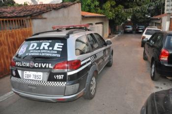 R$ 30 mil enterrados em quintal de casa em Várzea Grande é apreendido pela polícia