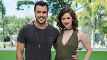 Os atuais apresentadores Joaquim Lopes e Sophia Abraão. Foto: TV Globo