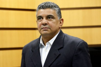 Justiça desbloqueia imóveis vendidos por filhos de ex-secretário morto em MT