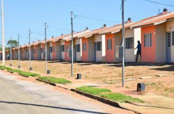 Casas do Residencial Nico Baracat III serão entregues nesta segunda-feira