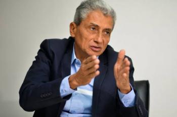 """Neurilan garante que fortaleceu AMM e que críticas à sua 3ª reeleição é """"choro descabido"""""""