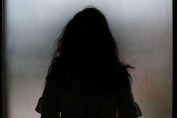 Adolescente de 14 anos é torturada por amigas após delatar crimes