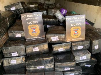 Polícia Civil apreende quase cinco toneladas de maconha transportadas em meio a uma carga de tutano