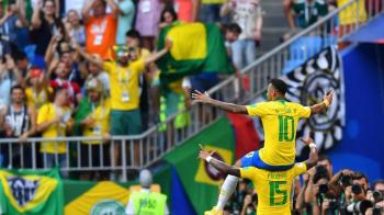 Neymar decide, mantém escrita contra o México e carrega Brasil às quartas