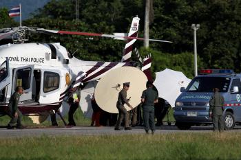 Quatro meninos são retirados de caverna na Tailândia no 2º dia de resgate