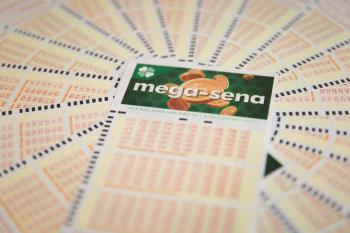 Mega-Sena pode pagar R$ 44 milhões neste sábado