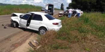 Batida frontal deixa 3 mortos e uma vítima em estado gravíssimo em MT