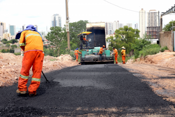 Prefeitura avança com obra de pavimentação na segunda etapa do bairro Dom Bosco