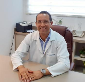 Dr. Marcos Benedito Figueiredo Brandão   (Cirurgião geral e cirurgiao vascular)