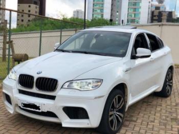 Homicida é preso com BMW em estacionamento de mercado em MT