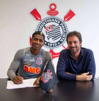 Corinthians anuncia a contratação do atacante Yony González