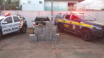 PRF apreende 275 quilos de cocaína em fundo falso de caminhão em MT