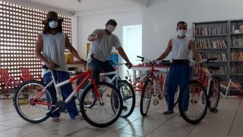Reeducandos do CCC reformam bicicletas que serão doadas a crianças carentes