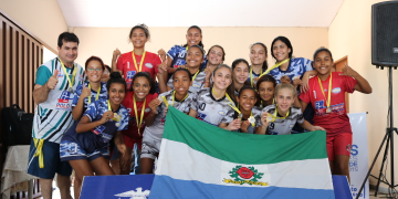 Premiação das escolas campeãs dos Jogos Escolares em Nobres; veja fotos