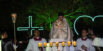 5 º Luau com Cristo; veja fotos