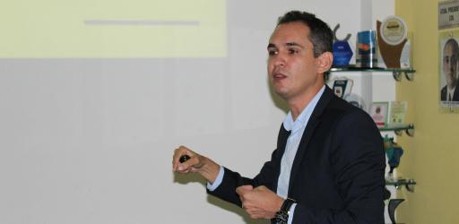 PROGRAMA EMPREENDER REALIZA OFICINA SOBRE REDES SOCIAIS NO SEGMENTO DE BELEZA