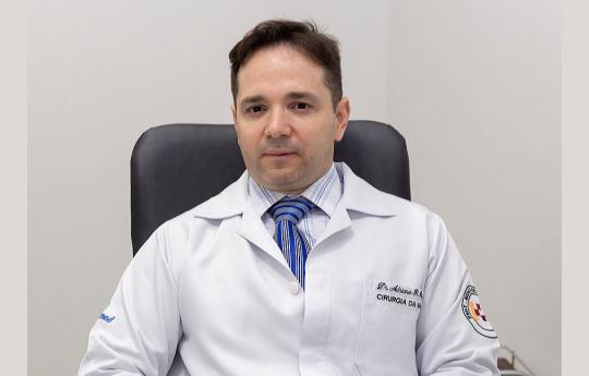 Dr. Adriano B Pinho CRM-MT 5741 (cirugia da mão Ortopedista)
