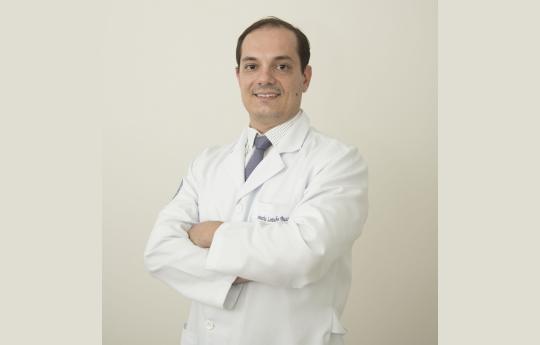 Dr. Leonardo Lotufo Bussiki CRM-MT 6133 RQE 3690 Ortopedia Pediátrica