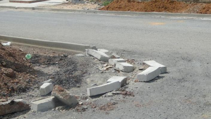 Vândalos depredam patrimônio público em Nobres
