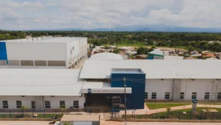 Governador inaugura obras e testa popularidade em Cuiabá