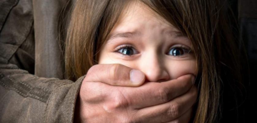Avô é preso por forçar neta de 7 anos a fazer sexo oral em Cuiabá