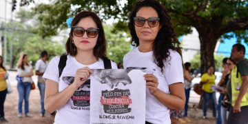 Ato pelo fim da violência contra mulheres