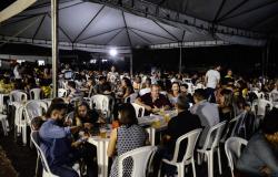 Festa de fim de ano do Sindes reúne cerca de 2 mil servidores