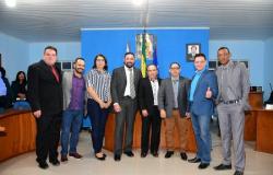 Botelho recebe homenagem durante comemoração de aniversário de Rosário Oeste